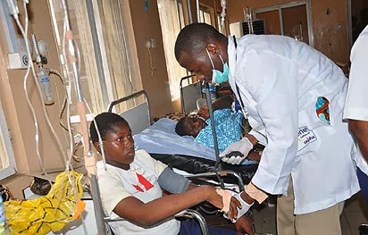 13 students hospitalised in Lagos after inhaling poisonous fumes