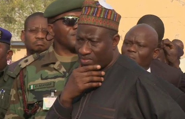 Pres. Jonathan Visits Synagogue Collapsed Building Site {PHOTOS}