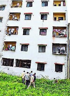 Tragic: Nigerian man dies after jumping from storey building in India