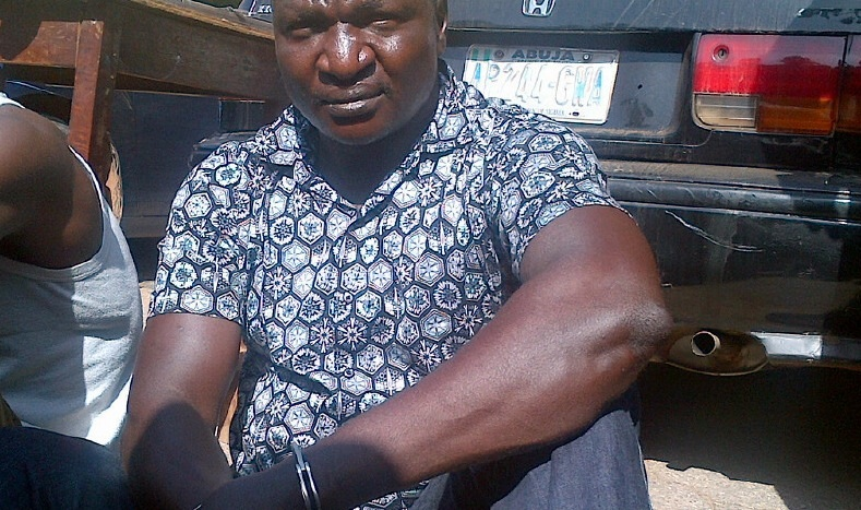 [SHOCKING] P​olice officer accused of stealing ​firearms commits suicide