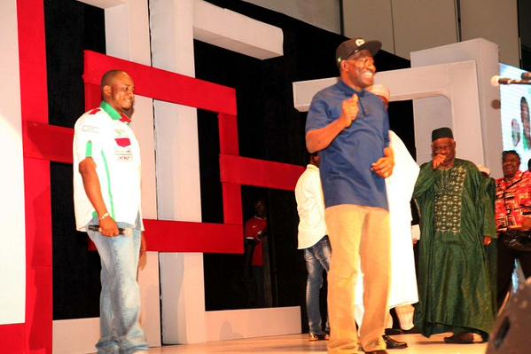 "[PHOTOS] Jonathan Dancing Shoki At The ""Meet The President"" Youth Event"