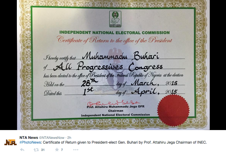 "[PHOTOS] Buhari Finally Shows Nigerians His ""Certificate"""