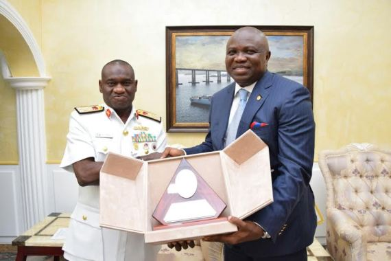 [PHOTOS] Governor Ambode Visits Chief Of Naval Staff