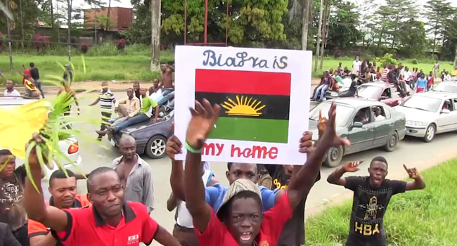 MASSOB IPOB Demonstrate for Biafra - We'll disrupt funeral of Nnamdi Kanu's parents if IPOB members attend -Police