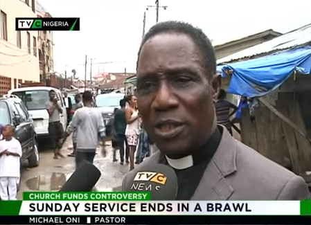 [VIDEO] CAC Pastor Chased Out Of Church By Members During Church Service