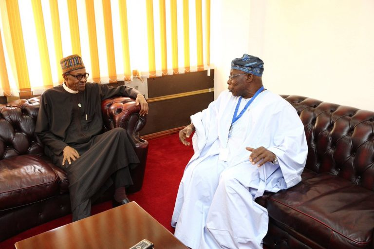 [PHOTOS] Obasanjo In Closed Door Meeting With Buhari in Kenya