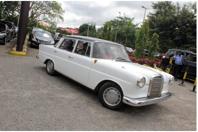 [PHOTOS] See The Newly Acquired 1958 Model Benz Cars Sen. Dino Melaye Was Driving In