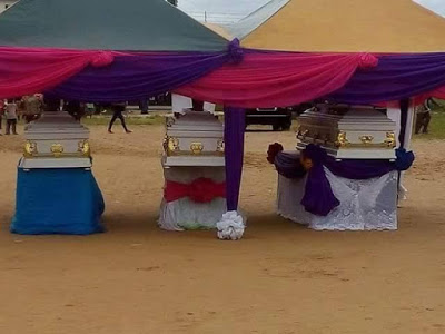 [PHOTOS] Murdered APC Leader, Wife And Son Buried Amid Tears In Rivers