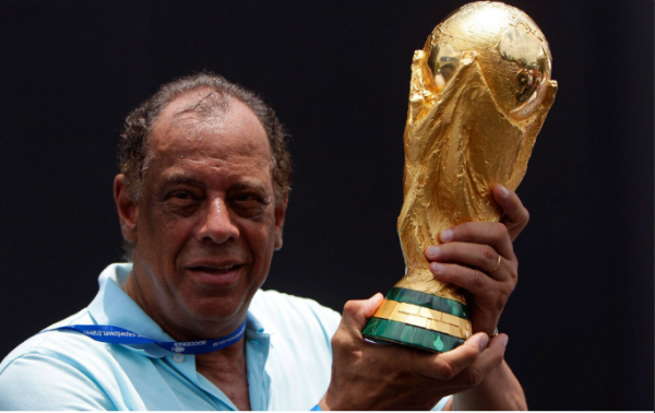 [VIDEO, PHOTO] Brazil Football Legend, Carlos Alberto Dies At 72 After Heart Attack