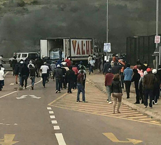 [PHOTOS] Shops Vandalised As Xenophobic Attacks Continue In South Africa