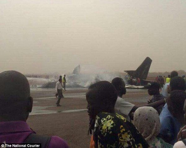 Plane-carrying-44-people-splits-into-pieces-after-crashing-at-Wau-airport-in-South-Sudan