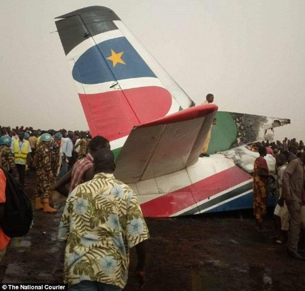 Plane-carrying-44-people-splits-into-pieces-after-crashing-at-Wau-airport-in-South-Sudan1