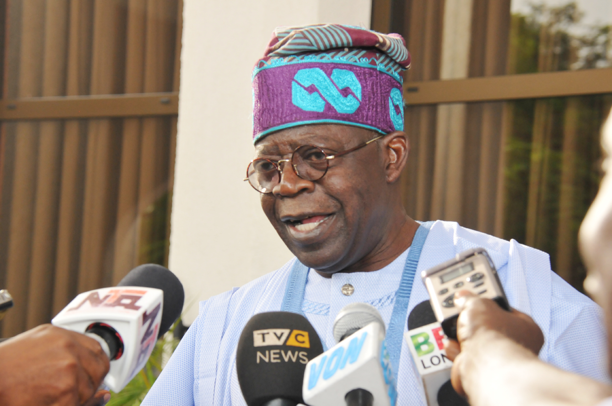 """tinubu - Senate Presidency: """"It Is Either You Stay With Us Or You Follow Us Or You Leave"""" – Tinubu"""