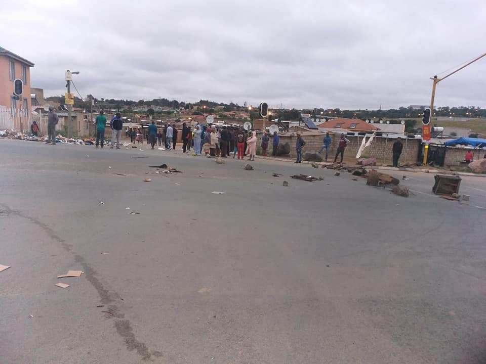 Xenophobic attacks 1 - [PHOTOS] Nigerians Attacked In Fresh Xenophobic Attack In South Africa