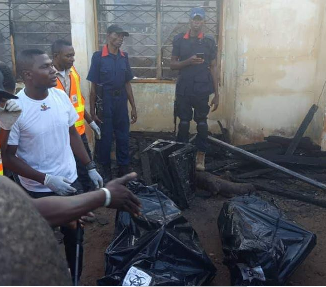perm sec and family burnt to death - [PHOTOS] Benue Permanent Secretary, Pregnant Wife, 2 Kids Burnt To Death In Fire Outbreak